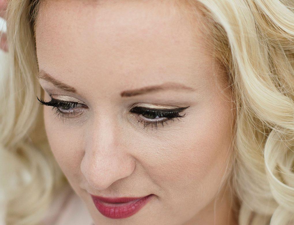 brides-hair-santorini